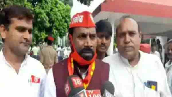 ये भी पढ़ें:- SP नेता लौटन राम निषाद ने दिया विवादित बयान, भगवान राम को बताया काल्पनिक और फिल्मी पात्र