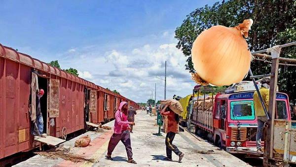 गुजरात से पहली बार ट्रेन से बांग्लादेश भेजा गया प्याज, महामारी के दौर में किसानों को हुआ बड़ा फायदा