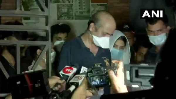 सुशांत केस: रिया चक्रवर्ती से ED ने लगातार 8 घंटे की पूछताछ, जानिए क्या ली गई जानकारी