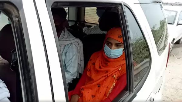 संजीत यादव हत्याकांड: अखिलेश यादव से मिलने जा रहे परिवार को पुलिस ने रोका, बहन ने लगाया बदसलूकी का आरोप