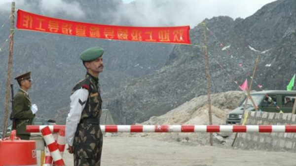 Border dispute India said in the meeting of corps commanders Chinese army retreating from finger area