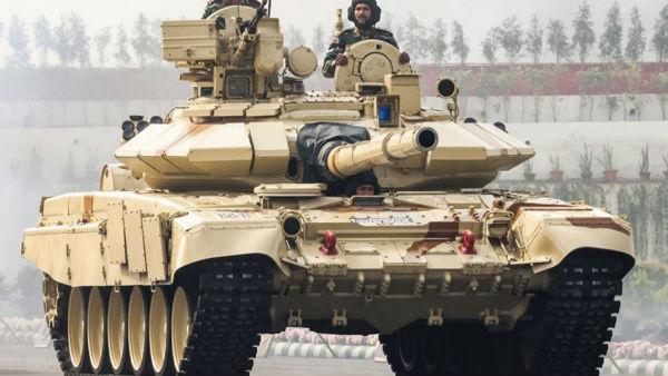 इसे भी पढ़ें- दौलत बेग ओल्डी के पास चीन ने तैनात किए 17 हजार जवान, जवाब में भारत ने उतारा टी-90 टैंक दस्ता