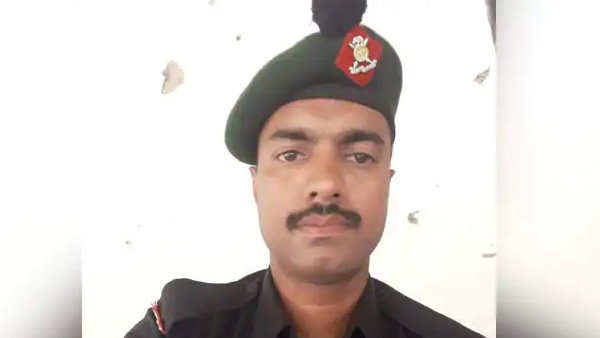 Army Soldier naik aneesh thomas lost his life In jammu kashmir Due To Unprovoked Firing By Pakistan