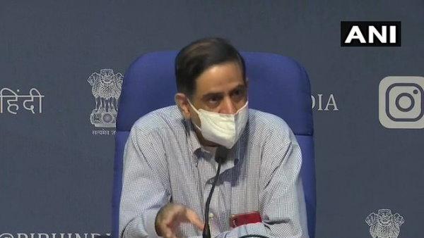 ICMR के डीजी बोले-लॉकडाउन के कारण भारत नहीं आया कोरोना का पीक