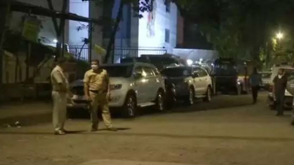 Mumbai police evacuated people from MLA hostel after receiving a bomb threat call.