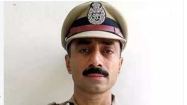 former IPS Sanjiv Bhatt controversial petition in Gujarat High court, know what is the matter