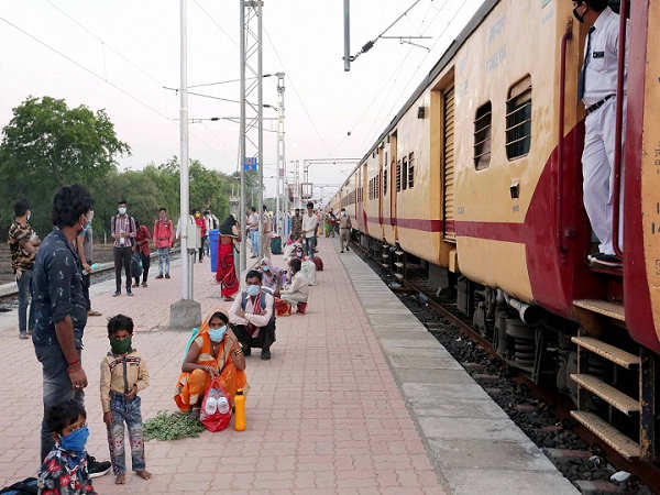 indian railways announced- Ahmedabad-Howrah Express Will Run For Three Days