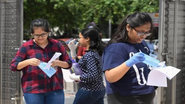 यह पढ़ें: अमेरिका की यात्रा के लिए भारतीय छात्रों को वैक्सीन अनिवार्य नहीं है: विदेश मंत्रालय