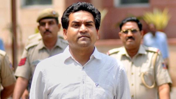 ये भी पढ़ें- दिल्ली: कपिल मिश्रा ने पुलिस में दर्ज कराई शिकायत, कहा-मेरे खिलाफ चलाया जा रहा है नफरत फैलाने का अभियान