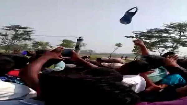bihar assembly election 2020 someone throw slipper on cm nitish kumar helicopter