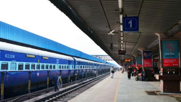 पटरी पर लौटा रेलवे