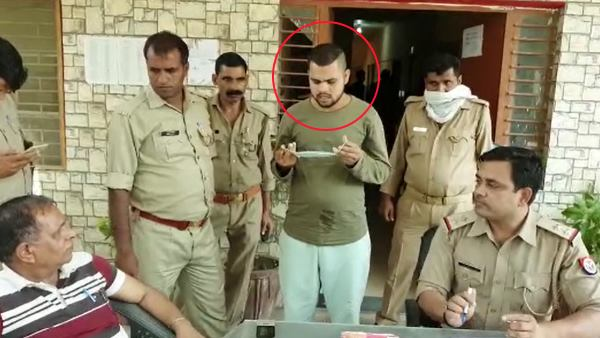 man threatening to behead PM Modi and CM Yogi arrested in Baghpat