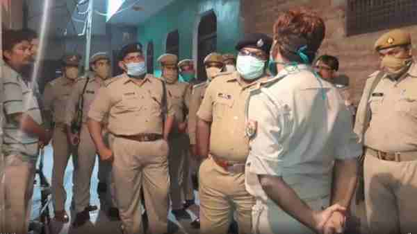 11th student shot and life lost after protest against molestation in Firozabad district
