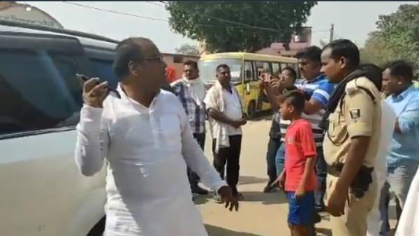 बिहार चुनाव: दो महागठबंधन उम्मीदवारों पर हमला, बांका में प्रत्याशी समर्थकों के बीच झड़प में चार जख्मी