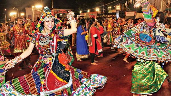 shardiya navratri start, gujarat Govt Decision- Exemption For Distribution Of Prasad In Packet, but dont allow garba dance due to corona