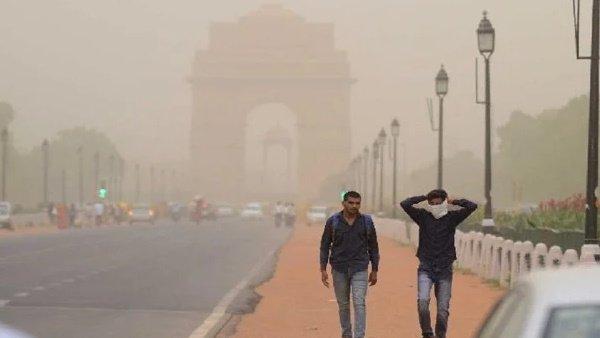 यह पढ़ें: दिल्ली-NCR में सर्दी की आहट लेकिन हवा का स्तर हुआ खराब, जानिए क्या कह रहे हैं एक्सपर्ट