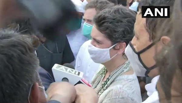 हाथरस जाते हुए रोके गए राहुल गांधी, बोले- इतना मत डरो, मुख्यमंत्री महोदय