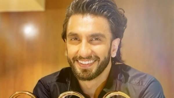 रणवीर सिंह का मुंबई में हुआ छोटा सा एक्सीडेंट, देखें वीडियो