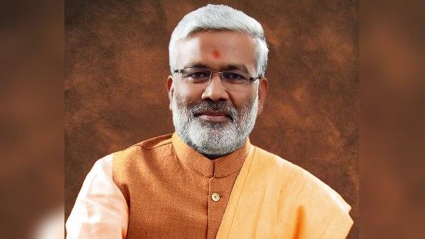 यूपी BJP अध्यक्ष स्वतंत्र देव सिंह का विवादित बयान, कहा-'PM मोदी ने तय कर लिया है, कब होगा पाक-चीन से युद्ध'