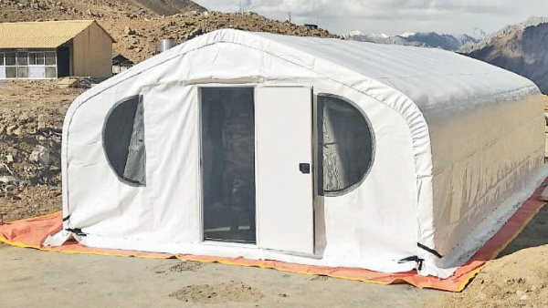 startup company built the tent, will keep the seals safe in Temperature Of Minus 30 Degrees At 15500 Feet height