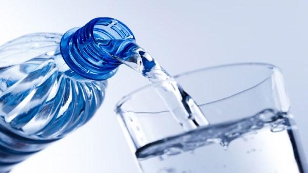 पानी की बर्बादी अब आपको पहुंचा सकती है जेल, भरना पड़ सकता है 1 लाख का जुर्माना