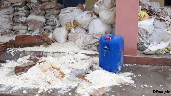 Solapur Company Sent Duplicate Milk Powder to surat Businessman, Rs 90 Lakh Cheated