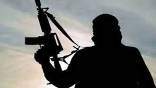 France Police Shootout: बंदूकधारी शख्स ने 3 पुलिसकर्मियों की हत्या की