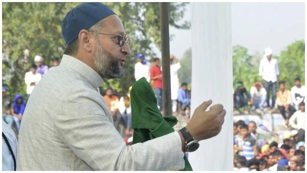 ये भी पढ़ें- सर्जिकल स्ट्राइक पर असदुद्दीन ओवैसी का पलटवार, 'यहां पाकिस्तानी-रोहिंग्या हैं तो पीएम मोदी और शाह झूठे हैं'