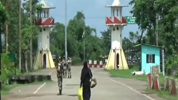 अवैध दस्तावेजों के साथ रह रहे 6 बांग्लादेशियों को असम सरकार ने वापस भेजा