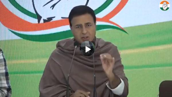 मोदी अपने कृषि कानून को सही बता रहे हैं तो फिर यह किसानों से वार्ता का ढोंग क्यों: कांग्रेस महासचिव रणदीप सुरजेवाला बोले