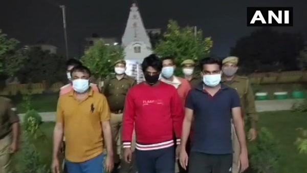 ग्रेटर नोएडा: IPL पर ऑनलाइन सट्टा लगाने वाले 5 बुकी गिरफ्तार, सरगना 'दाऊद' फरार