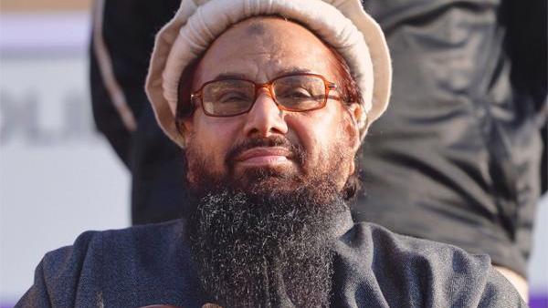 पाकिस्तान ने दुनिया को दिया धोखा: जेल में नहीं, ठाठ से अपने घर में है हाफिज सईद, वहीं से चला रहा आतंक की फैक्ट्री