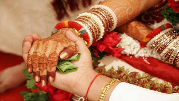 thousands wedding programs postponed due to night curfew in many cities of gujarat