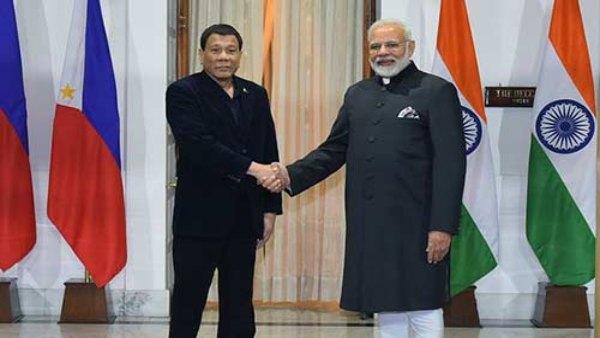 दक्षिण एशियाई राष्ट्र फिलीपींस के साथ आपसी संबंधों को प्रगाढ़ बनाने में जुटा भारत