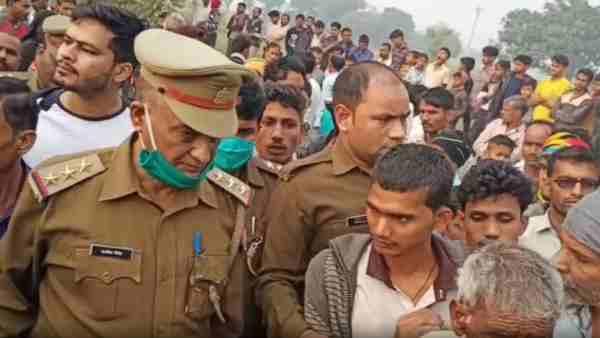 ये भी पढ़ें:- दिवाली की रात कानपुर में छह साल की बच्ची की नृशंस हत्या, परिजनों ने लगाया तंत्र-मंत्र का आरोप