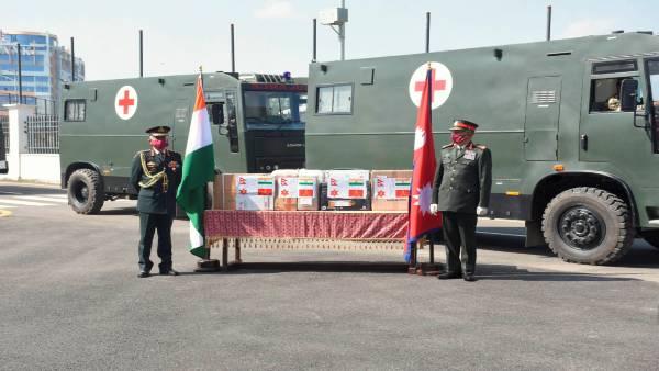 जनरल एमएम नरवने ने नेपाली सेना को सौंपे चिकित्सा उपकरण, 3 दिवसीय नेपाल दौरे पर हैं सेना प्रमुख