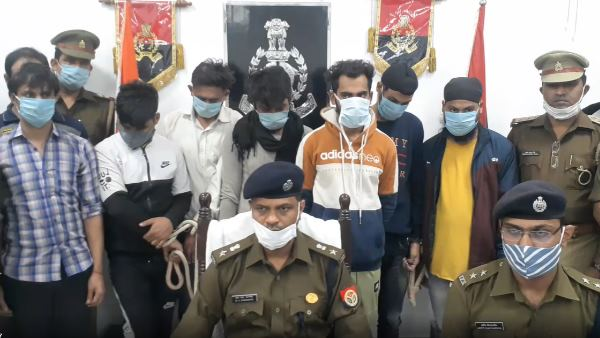 ten online fraudsters handcuffed by police in saharanpur