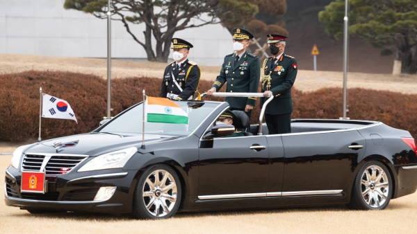 कोरियाई आर्मी चीफ से मिले जनरल नरवणे, हेडक्वार्टर पर दिया गया गॉर्ड ऑफ ऑनर