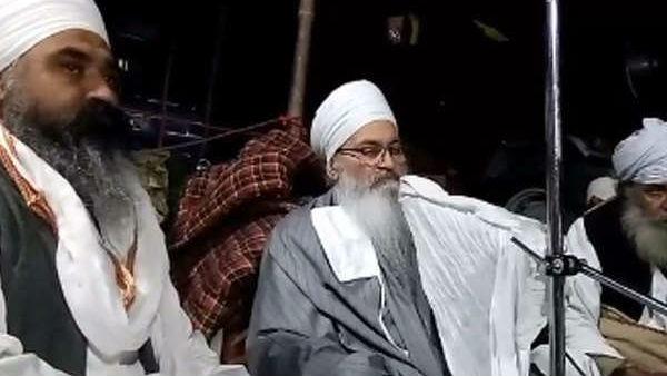 यह पढ़ें: Farmers Protest: शुक्रवार को होगा संत बाबा राम सिंह का अंतिम संस्कार