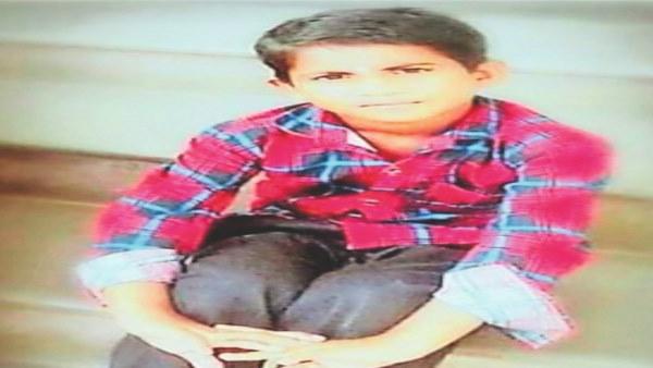राजस्थान : गड़ा धन निकालने के लिए 11 साल के बच्चे की बलि, नाक, कान व नाखून कटा शव खेत में मिला