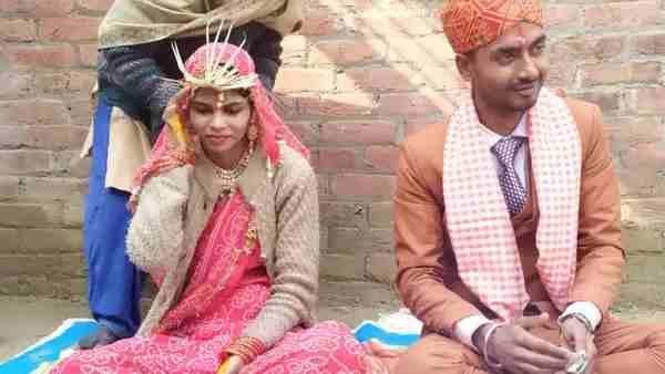 ये भी पढ़ें:- हिंदू युवक संग सात फेरे लेने वाली मुस्लिम युवती पहुंची थाने, बोली- मायके वाले करा सकते हैं पति की हत्या