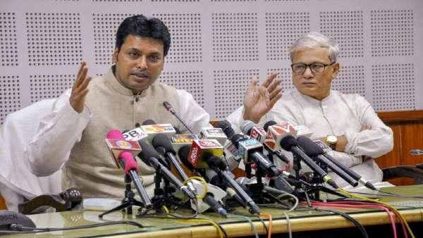 बिप्लब देब की कुर्सी पर मंडरा रहा संकट फिलहाल टला, अक्सर बयानों से विवादों में रहे हैं त्रिपुरा CM