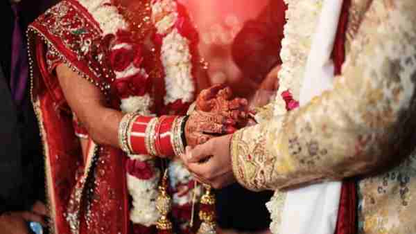 Police stopped marriage of Hindu bride and muslim groom