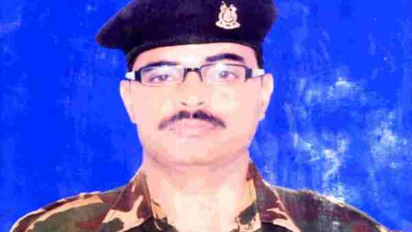 ये भी पढ़ें:- आतंकी हमले में शहीद हुए अलीगढ़ सपूत्र नेत्रपाल सिंह, सात दिनों तक लड़ी थी जिंदगी व मौत से जंग