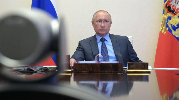 रूस में ऑनलाइन सेंसरशिप? गूगल, फेसबुक और ट्विटर पर बढ़ा दबाव, क्रेमलिन से खिलाफत पड़ेगी महंगी