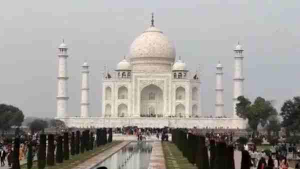 ये भी पढ़ें:- नए साल पर Taj Mahal का दीदार करने वालों के लिए खुशखबरी, अब रोजाना आ सकेंगे 15 हजार सैलानी