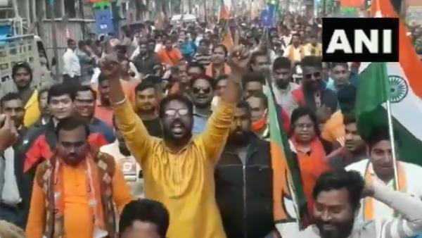 ये भी पढ़ें- पश्चिम बंगाल: भाजपा की रैली में 'गोली मारो' के नारे, युवा मोर्चा अध्यक्ष समेत तीन गिरफ्तार