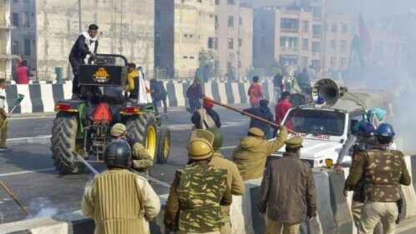 Farmers Tractor Rally: Additional Forces In Delhi After Amit Shahs Security Meet Over Clashes