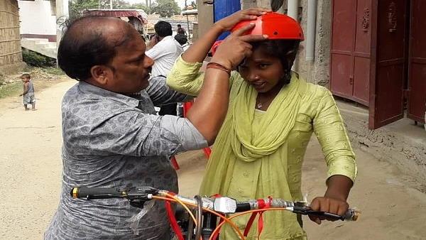 बिहारः साइकिल गर्ल ज्योति को मिला राष्ट्रीय बाल पुरस्कार अवार्ड, PM मोदी से नहीं हो पाई बात
