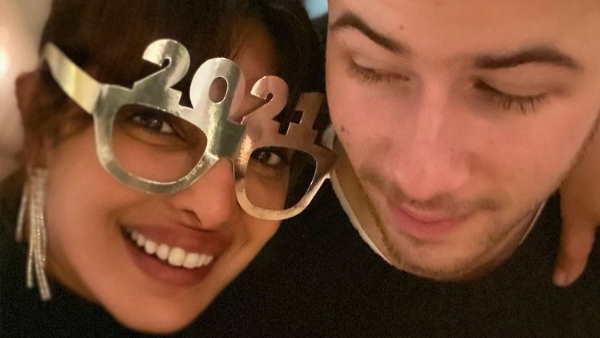 ये भी पढ़ें- New Year 2021: प्रियंका चोपड़ा ने पति निक के साथ शेयर की साल की पहली फोटो, लिखा प्यारा सा मैसेज, पढ़कर आएगा प्यार